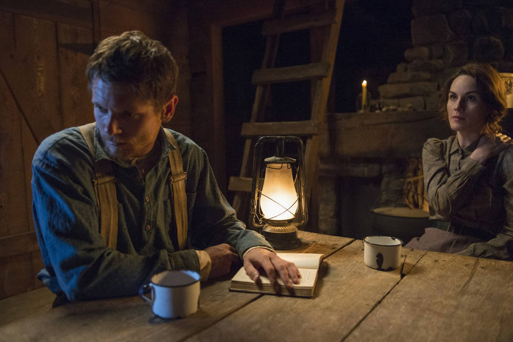 Jack O'Connell and Michelle Dockery star in Godless (Ursula Coyote/Netflix)