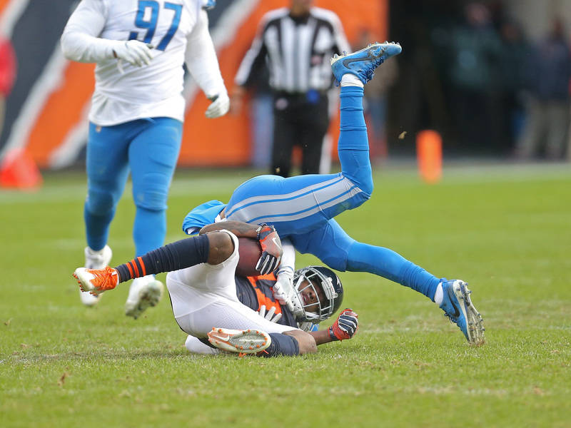 Nov 19, 2017; Chicago, IL, USA; Chicago Bears wide receiver Dontrelle Inman (17) catches a pass during the second half against the Detroit Lions at Soldier Field. Mandatory Credit: Dennis Wierzbic ...