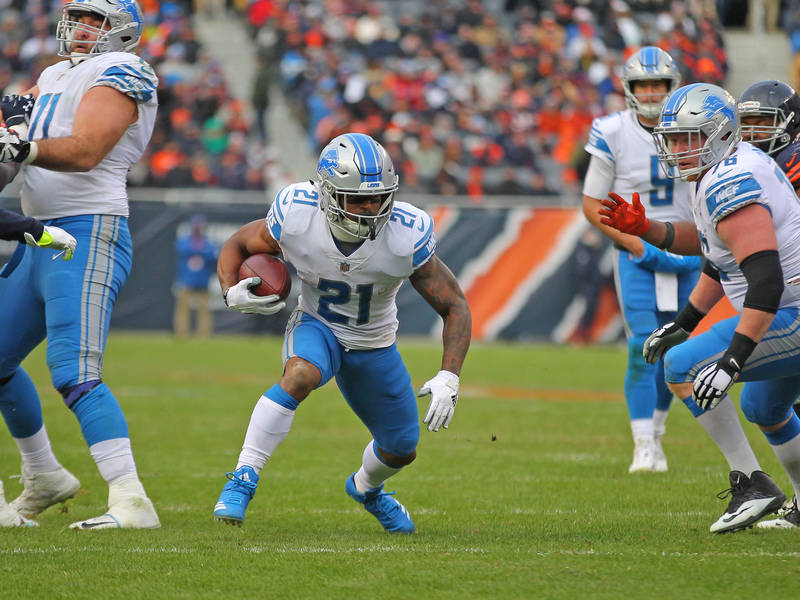 Nov 19, 2017; Chicago, IL, USA; Detroit Lions running back Ameer Abdullah (21) runs with the ball during the second half against the Chicago Bears at Soldier Field. Mandatory Credit: Dennis Wierzb ...