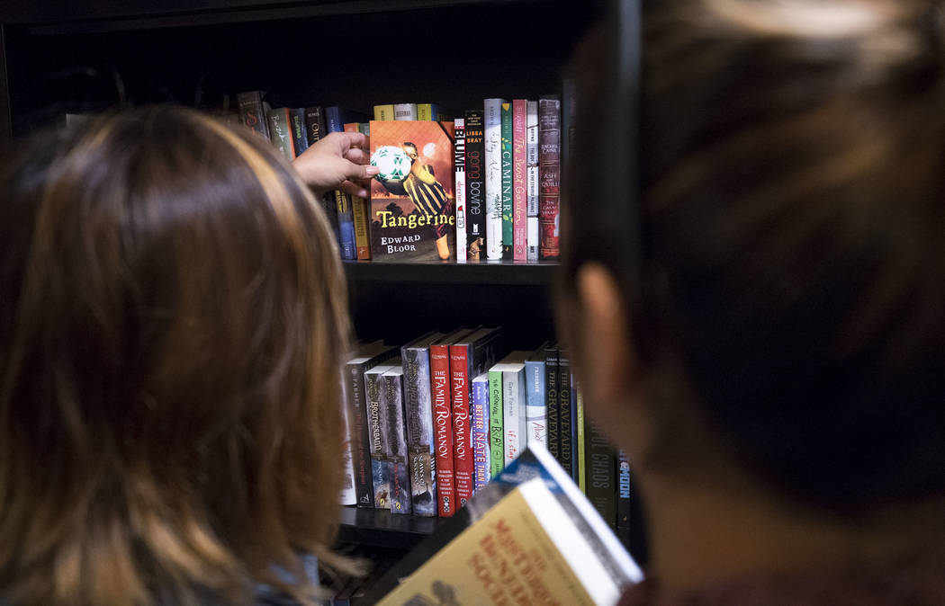 Customers browse the books at The Writer's Block on Small Business Saturday, Nov. 25, 2017, in downtown Las Vegas. Richard Brian Las Vegas Review-Journal @vegasphotograph