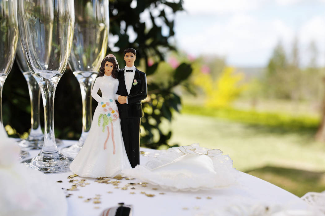 A New Jersey couple who had to leave their wedding reception early when the bride suffered an allergic reaction is about to get a free do-over. Thinkstock