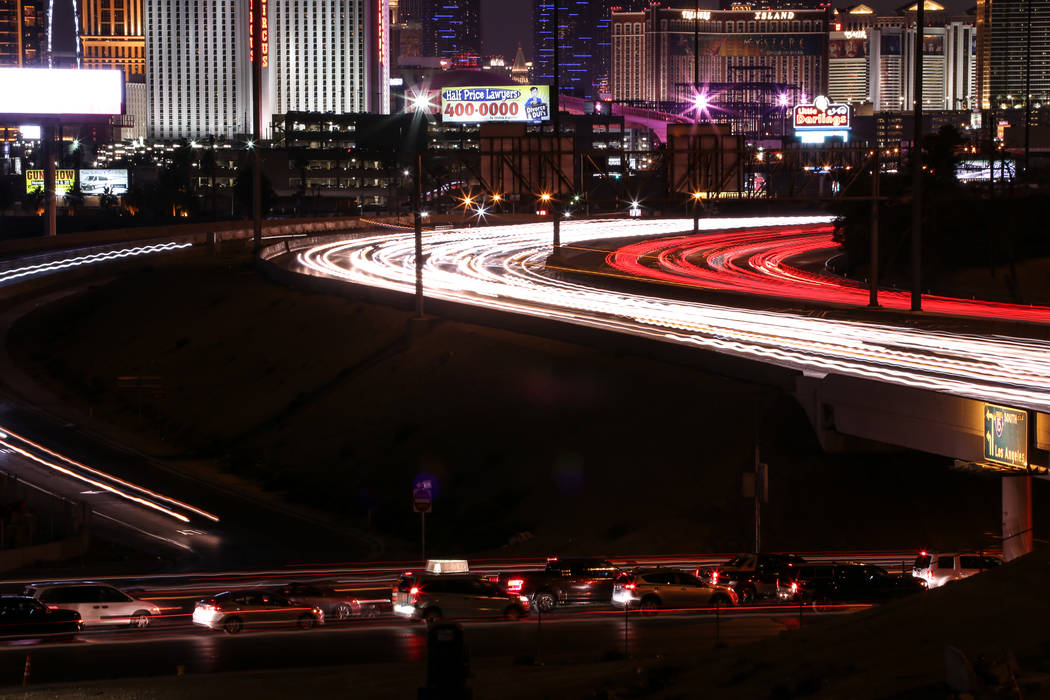 Traffic along I-15 in Las Vegas, Sunday, Nov. 26, 2017. Joel Angel Juarez Las Vegas Review-Journal @jajuarezphoto