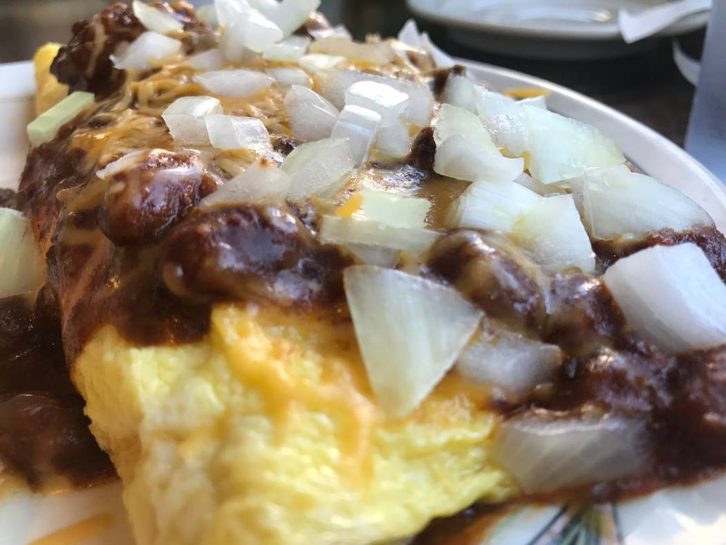 A Texas chili omelette is sold on November 24, 2017 at Sunshine & Tailwinds Cafe, 2730 Airport Drive. (Kailyn Brown/View) @KailynHype