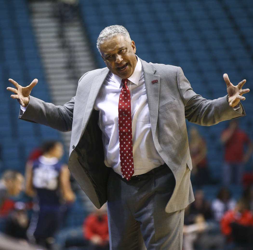 UNLV head coach Marvin Menzies during his team's basketball game against Oral Roberts at the MGM Grand Garden Arena in Las Vegas on Tuesday, Dec. 5, 2017. UNLV won 92-66. Chase Stevens Las Vegas R ...