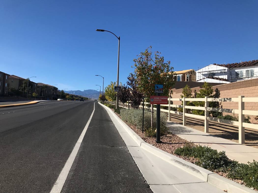A bike lane is provided for pedestrians at the Skye Canyon master planned community. (Kailyn Brown/View)