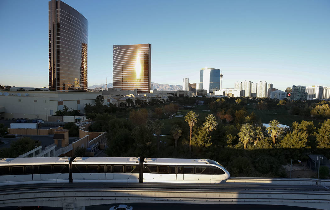 The Las Vegas Monorail moves above Sand Avenue on Thursday, Dec. 14, 2017. Richard Brian Las Vegas Review-Journal @vegasphotograph