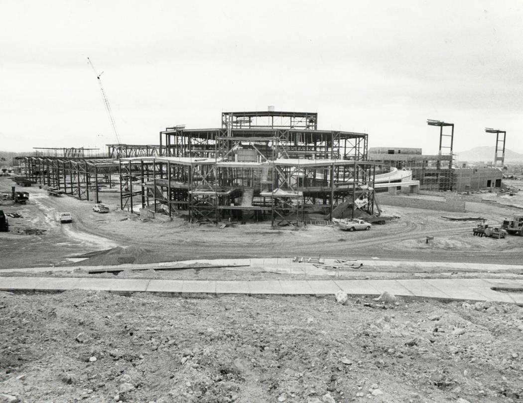 CASHMAN FIELD  - December 6 1982   Cashman Field construction. (Rene Germanier/Las Vegas Review-Journal)