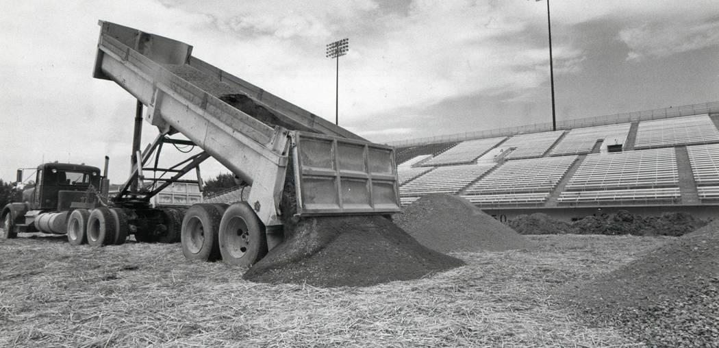 CASHMAN FIELD  - July 13, 1984   Cashman Field construction. (Jim Laurie/Las Vegas Review-Journal)