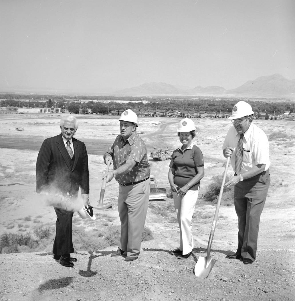 Cashman Center groundbreaking ceremony. From left, Caesars Palace executive Harry Wald, Clark County Commissioner Jack Petitti, Boulder City Councilwoman Gene Segerblom and Las Vegas City Councilm ...