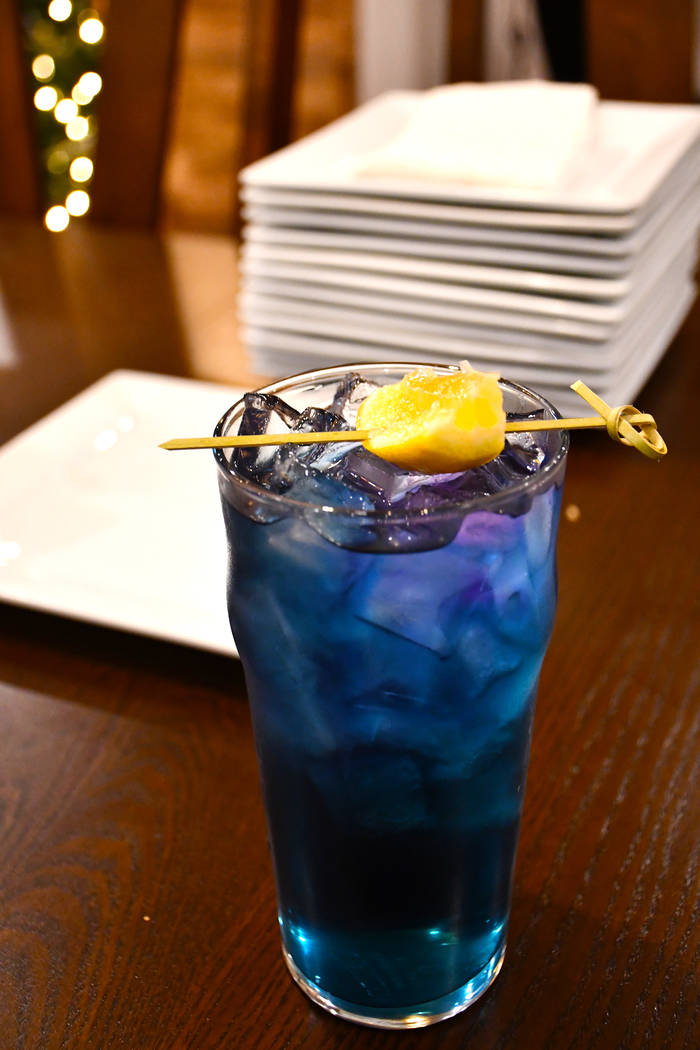 Butterfly pea lemongrass juice changes its color from blue to purple when the lemon juice is added to it. (Daria Sokolova/View)