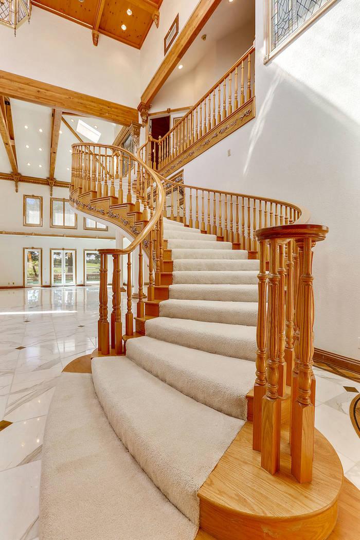 The staircase. (Luxury Estates International)