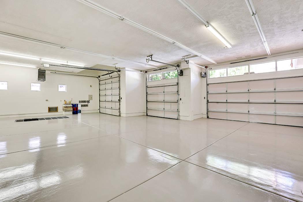 The garage. (Luxury Estates International)