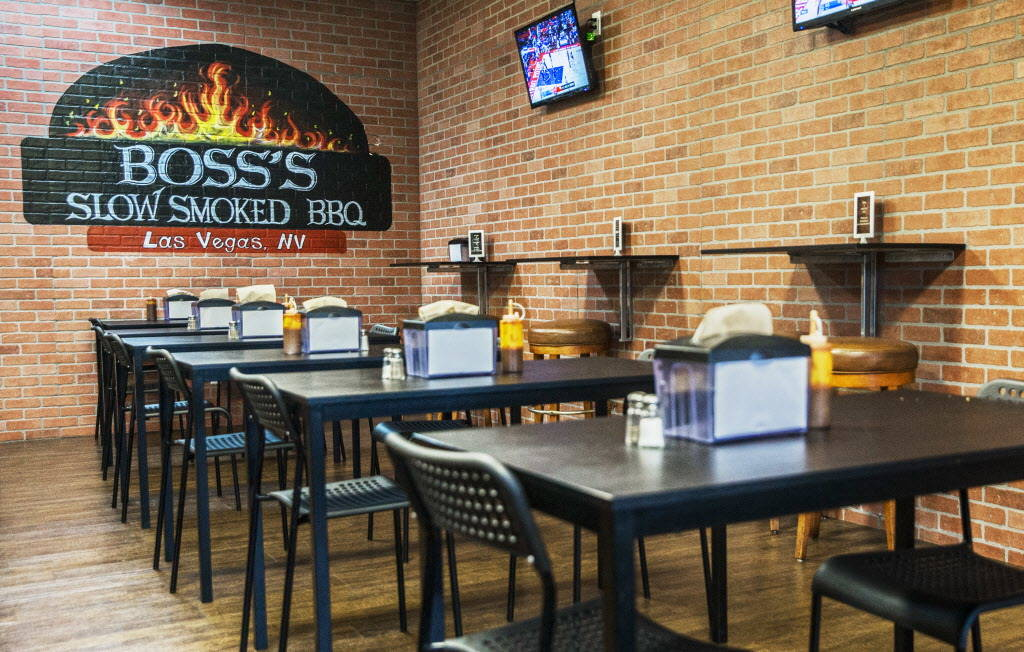 The dinning room at Boss' Slow Smoked BBQ on Friday, Dec. 8, 2017, in Las Vegas. Benjamin Hager Las Vegas Review-Journal @benjaminhphoto