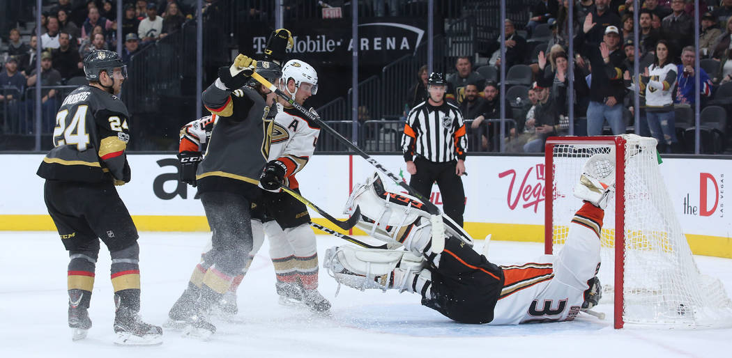 Vegas Golden Knights center Oscar Lindberg (24) makes a goal on Anaheim Ducks during the first period at T-Mobile Arena in Las Vegas, Tuesday, Dec. 5, 2017. The goal was assisted by Deryk Engellan ...