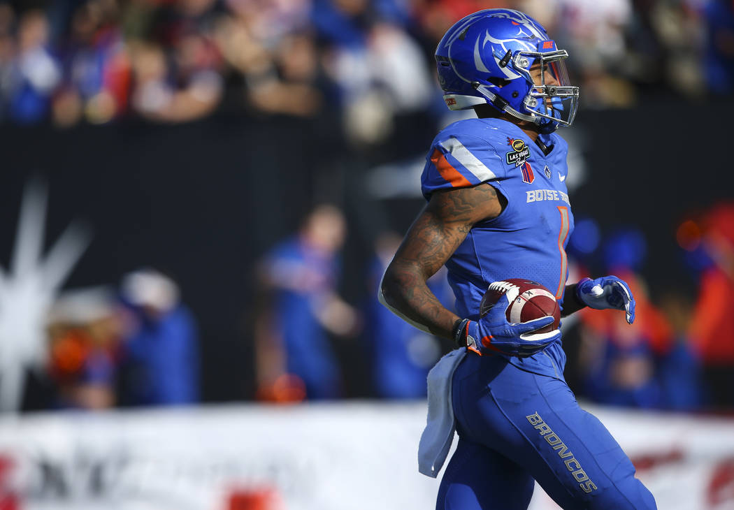 Boise State's Cedrick Wilson (1) scores a touchdown against Oregon during the Las Vegas Bowl at Sam Boyd Stadium in Las Vegas on Saturday, Dec. 16, 2017. Chase Stevens Las Vegas Review-Journal @cs ...