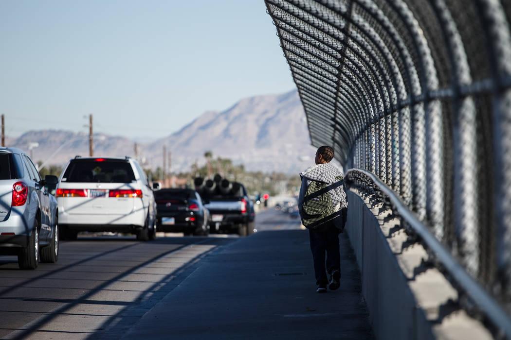 A child walks home from school down Vegas Drive in Las Vegas, Friday, Dec. 8, 2017. Joel Angel Juarez Las Vegas Review-Journal @jajuarezphoto
