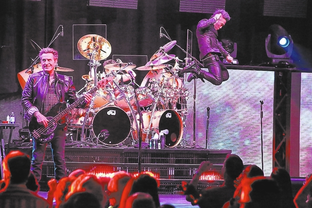 Journey really bounced the Palms' Pearl on Aug. 28, 2013. (Edison Graff)