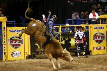 Saddle Up Santa Cowboy Christmas Draws Shoppers Rodeo