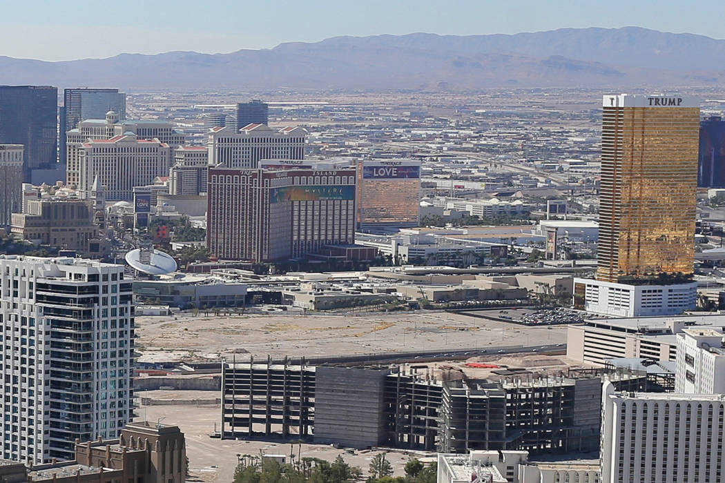 The Alon construction project lot, to the left of Trump International Hotel, is seen in Las Vegas on Monday, Sept. 26, 2016. Brett Le Blanc/Las Vegas Review-Journal Follow @bleblancphoto