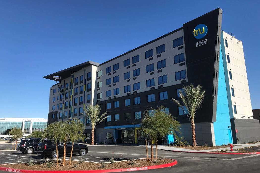 New Tru By Hilton Hotel Opens Near Las Vegas Airport: Map Of Hotels Near Las Vegas Airport At Infoasik.co