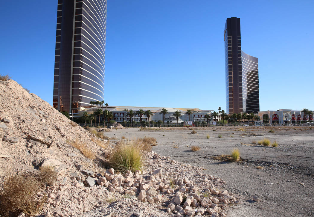 A vacant lot across from Wynn hotel-casino photographed on Thursday, Dec. 14, 2017, in Las Vegas. Wynn Resorts will purchase approximately 38 acres of the land including the 34 acre site of the fo ...