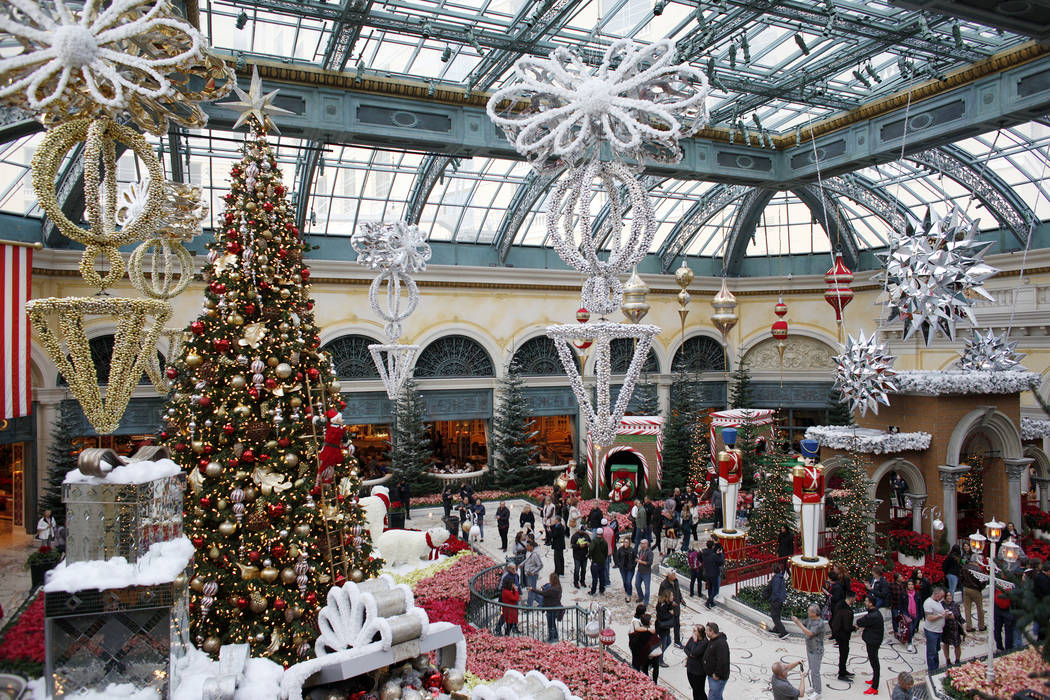 Las Vegas Christmas.15 Ways To Stay Entertained Over Winter Break In Las Vegas