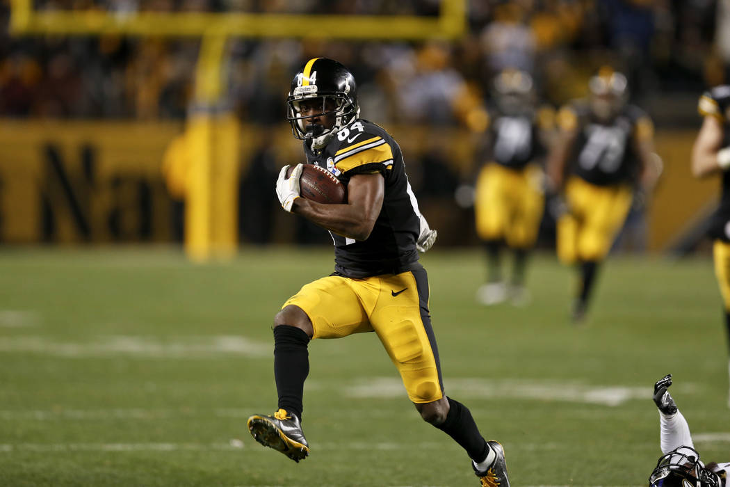 Pittsburgh Steelers wide receiver Antonio Brown (84) plays in an NFL football game against the Baltimore Ravens, Sunday, Dec. 10, 2017, in Pittsburgh. (AP Photo/Keith Srakocic)