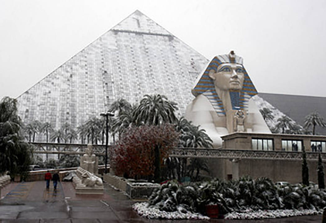 The Luxor Hotel is covered with snow on the Las Vegas strip Wednesday  Dec. 17, 2008. (Las Vegas Review-Journal)