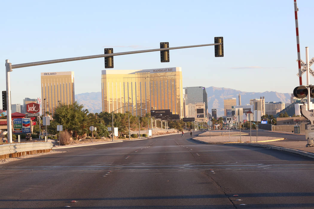 Las Vegas Boulevard remains closed as Las Vegas police investigate on Monday, Oct. 2, 2017 at Mandalay Bay hotel-casino where at least 50 people were killed and more than 400 others were injured w ...