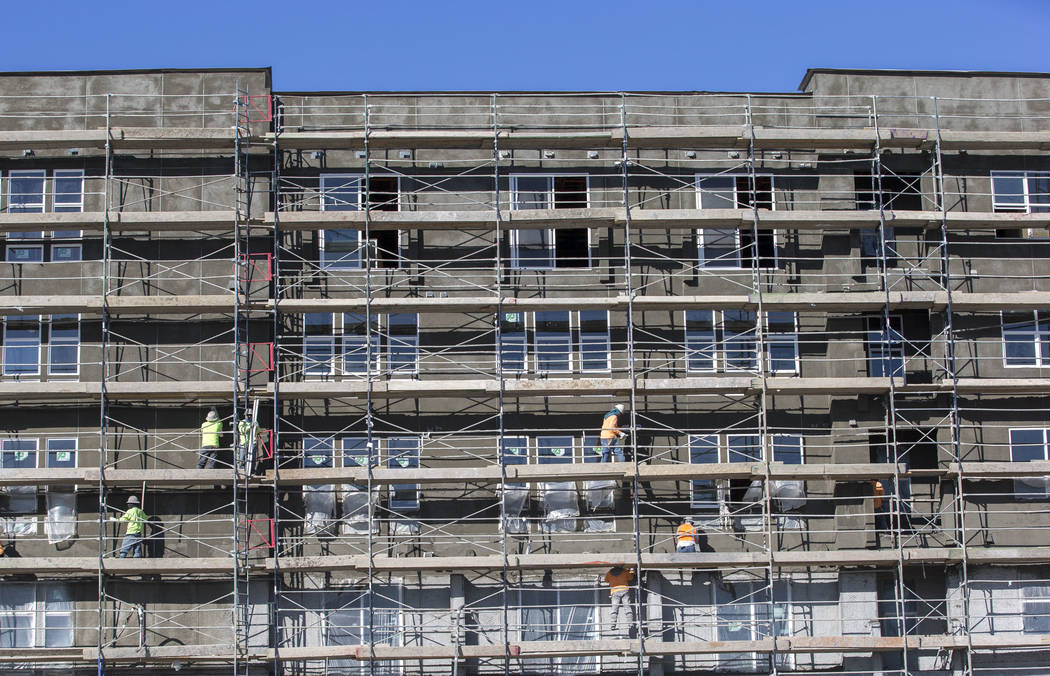 Work continues on the exterior of theFremont9 apartment complex on Tuesday, Dec. 19, 2017, in downtown Las Vegas. Richard Brian Las Vegas Review-Journal @vegasphotograph