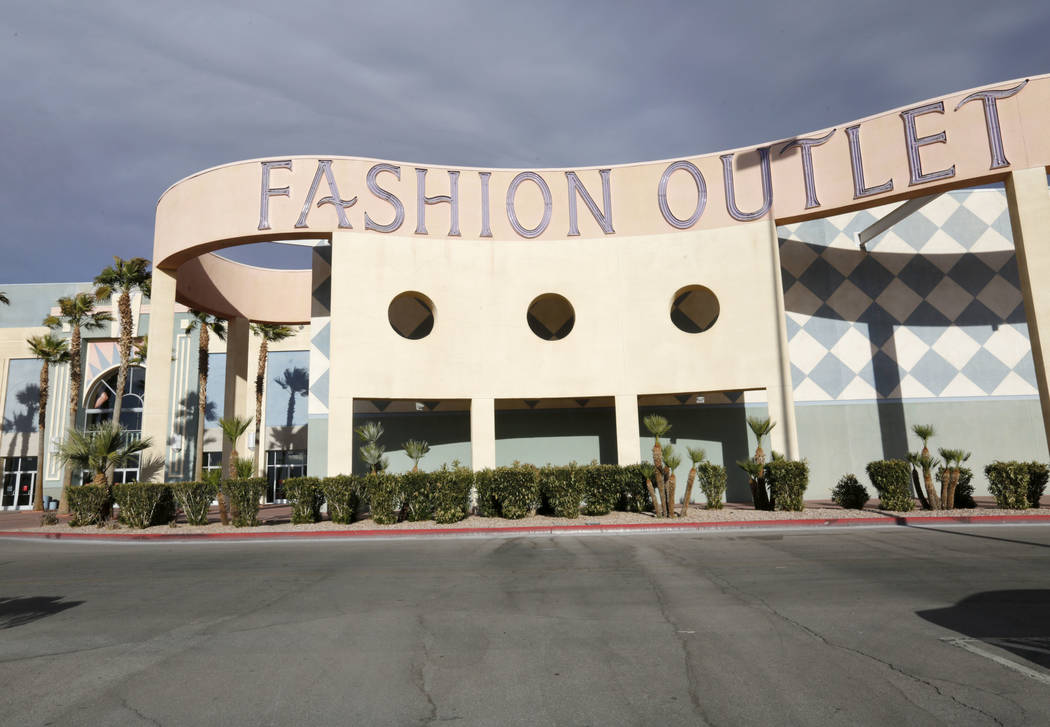 Fashion Outlets of Las Vegas in Primm, Wednesday, Dec. 20, 2017. (Chitose Suzuki/Las Vegas Review-Journal)