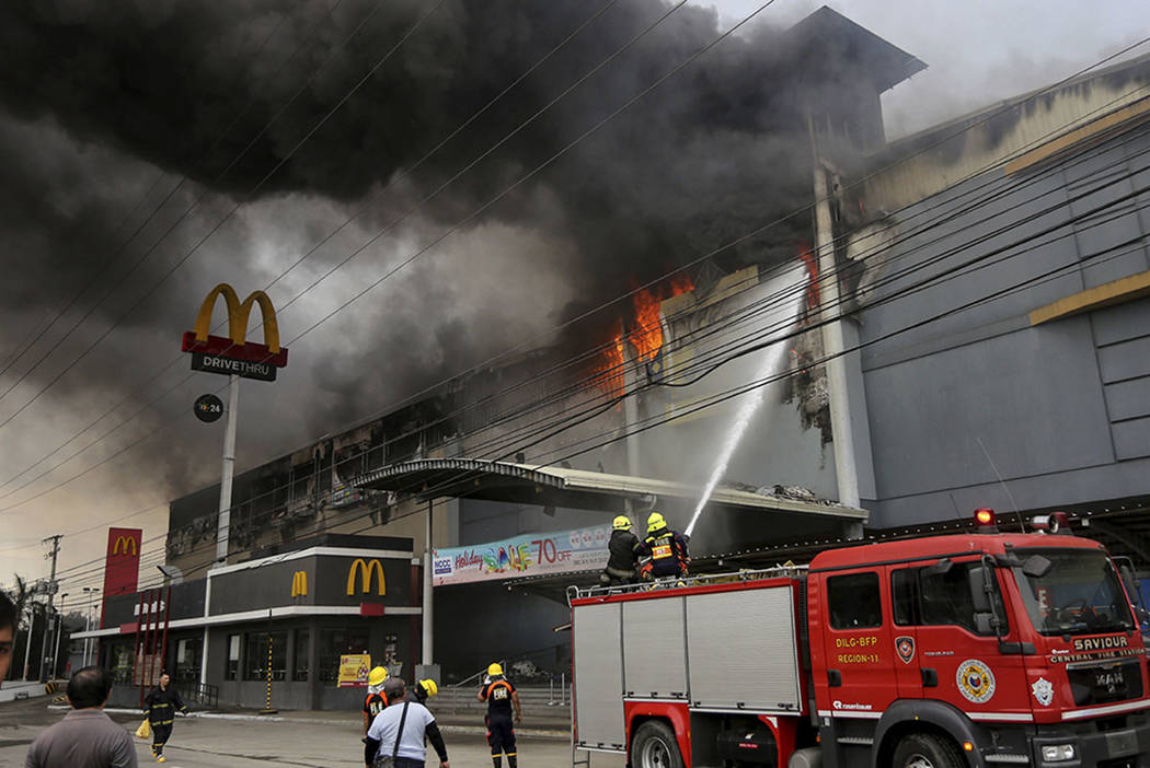fire in a mall (cnn)hundreds of people protested tuesday in the the siberian city of kemerovo, calling for a full investigation into a shopping mall fire that killed scores, including an entire class of.