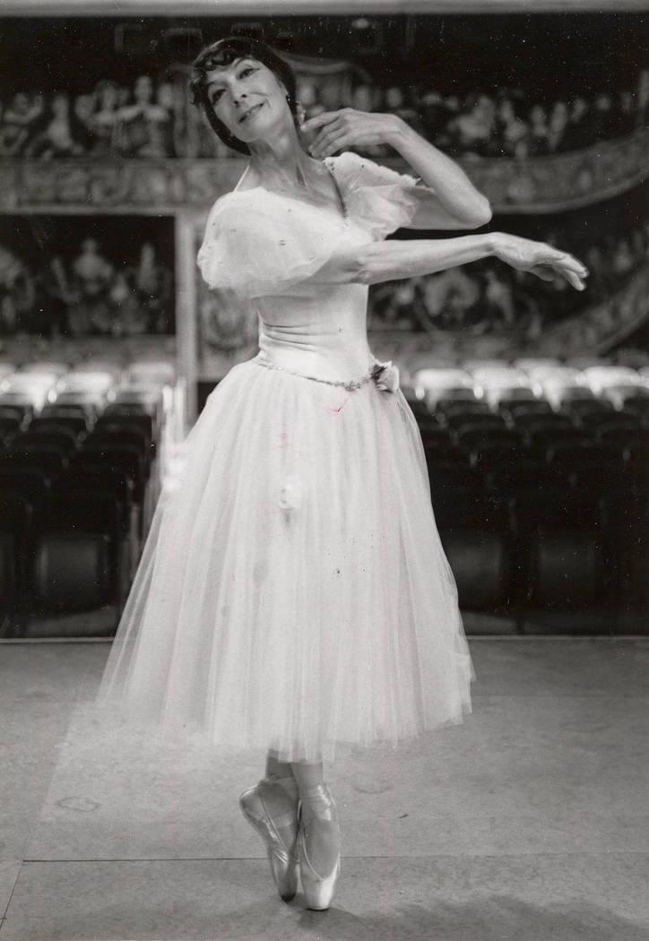 Marta Becket on Feb. 8, 1993. (Mary Walter Scodwell)
