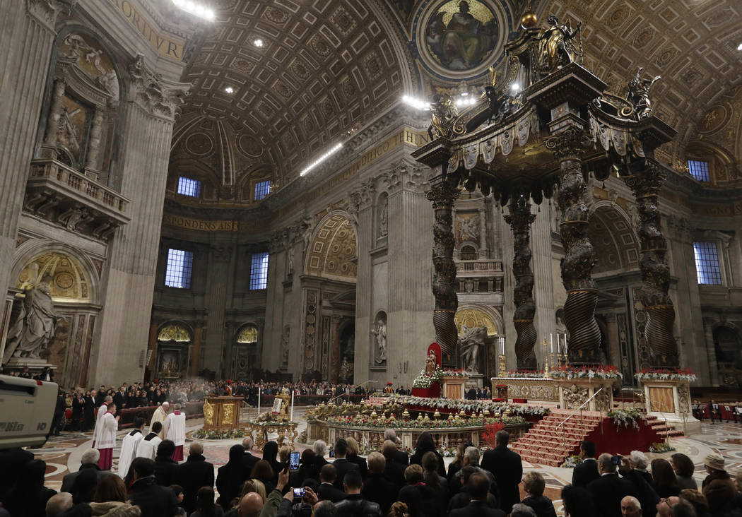 Pope Francis arrives to celebrate a new year's eve vespers Mass in St. Peter's Basilica at the Vatican, Sunday, Dec. 31, 2017. (Andrew Medichini/AP Photo)