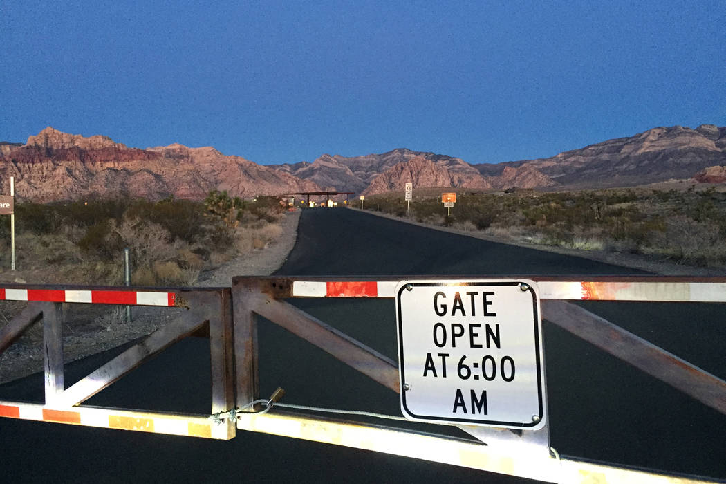 Gates closed at Red Rock National Conservation Area at 6:30 in the morning on Sunday, Jan 21, 2018. (Marian Green/Las Vegas Review-Journal)