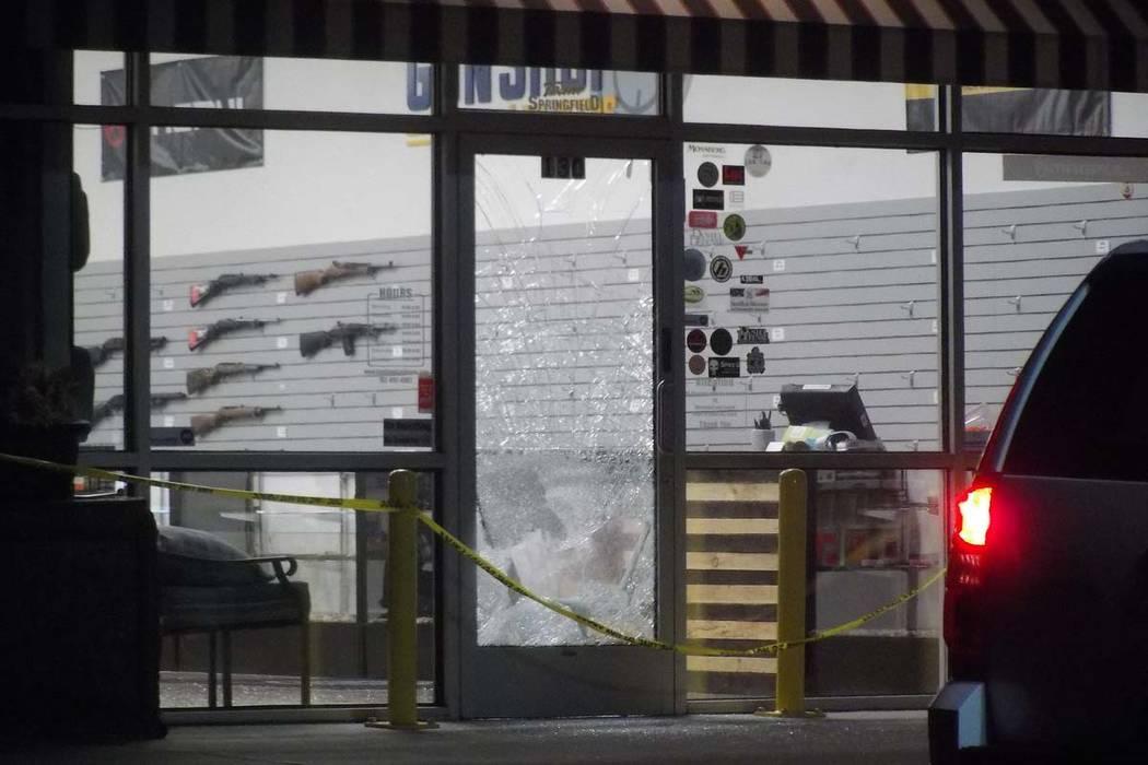 Henderson police investigate a burglary at Gun Shop Las Vegas, 2980 St. Rose Parkway, Wednesday morning, Jan. 24, 2018. (Max Michor/Las Vegas Review-Journal)
