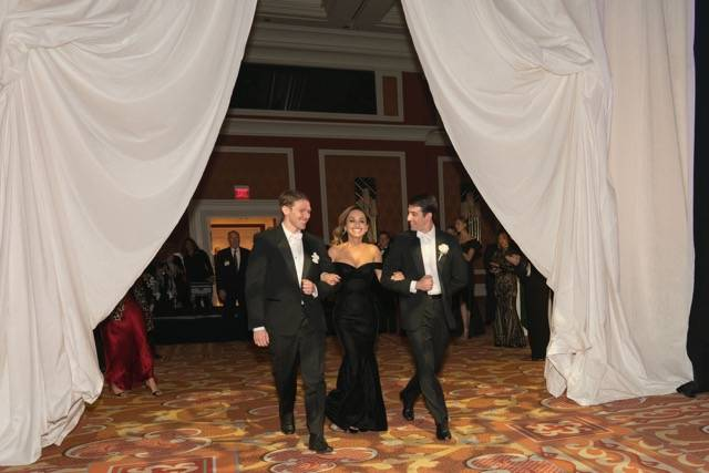 Star chef Giada De Laurentiis is shown entering the Nevada Ballet Theatre's Black and White Gala at Wynn Las Vegas on Saturday, Jan. 27, 2018.(Cashman Photography)