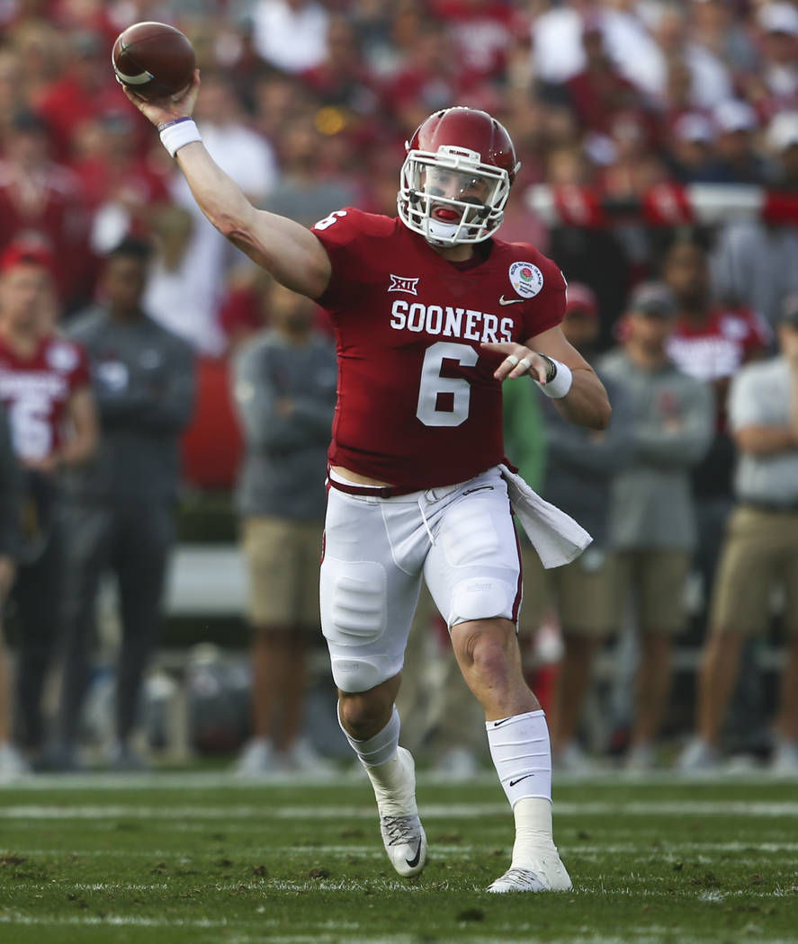 Oklahoma Sooners quarterback Baker Mayfield (6) throws a pass while playing the Georgia Bulldogs during the first half of the College Football Playoff semifinal at the Rose Bowl in Pasadena, Calif ...