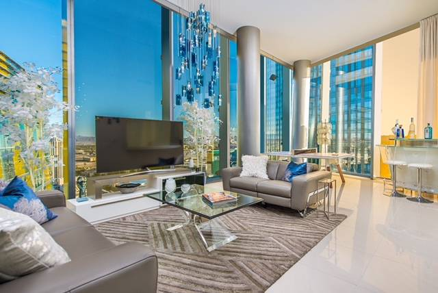 The last Veer Towers penthouse was sold in 2017 for $1.6 million. It offers sweeping views of the Las Vegas Strip. (Veer Towers)