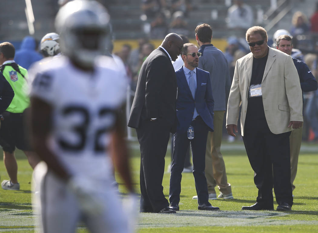 Reggie McKenzie Reportedly Turns Down Packers Interview to Remain Raiders GM