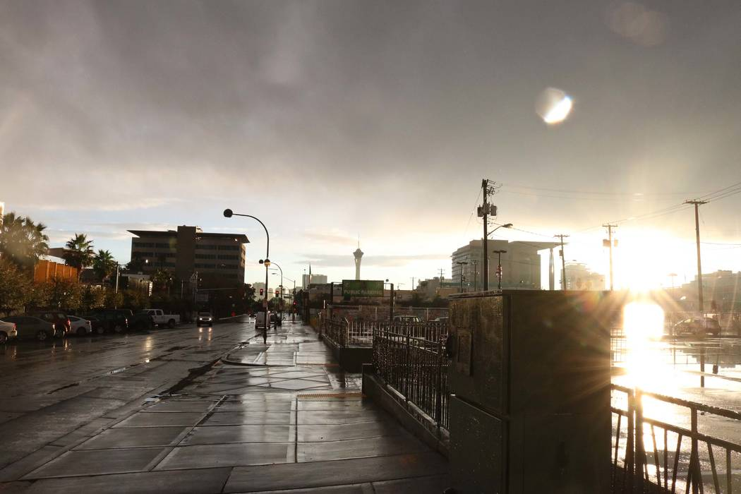 Rain in downtown Las Vegas, Tuesday, Jan. 9, 2018. (Janna Karel/Las Vegas Review-Journal)