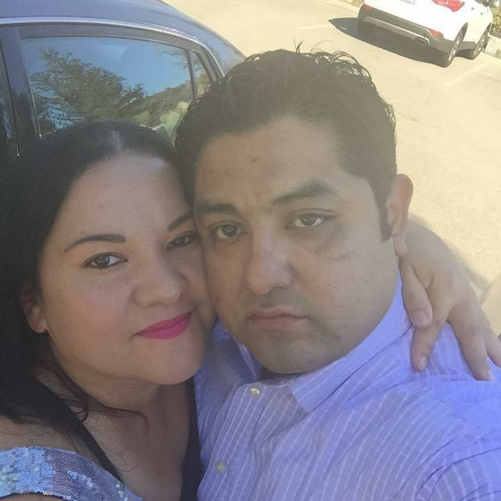 Jose Valle poses with his wife, Fatima Choto in a selfie. (Jose Valle)
