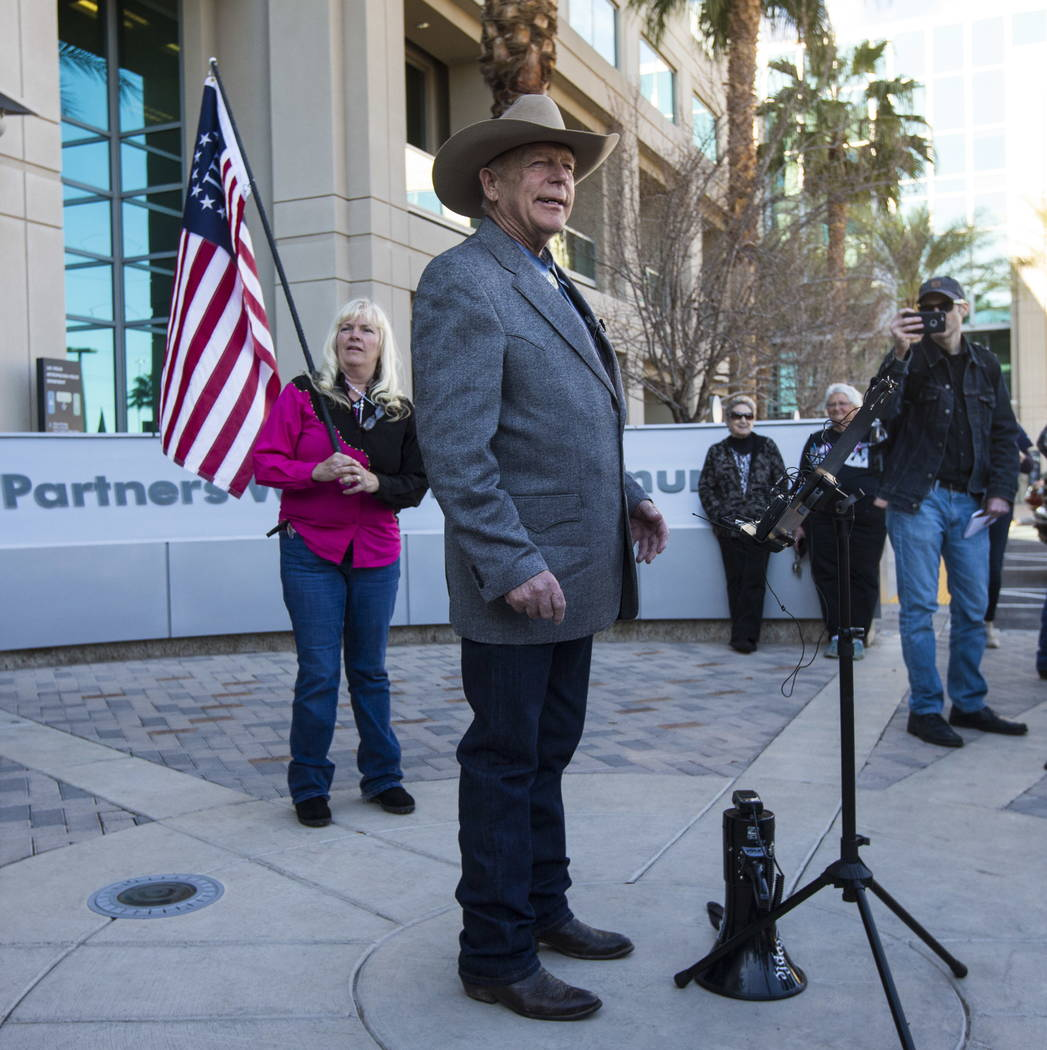 Rancher Cliven Bundy addresses supporters and journalists at Metropolitan Police Department headquarters on Wednesday, Jan. 10, 2018. Chase Stevens Las Vegas Review-Journal @csstevensphoto