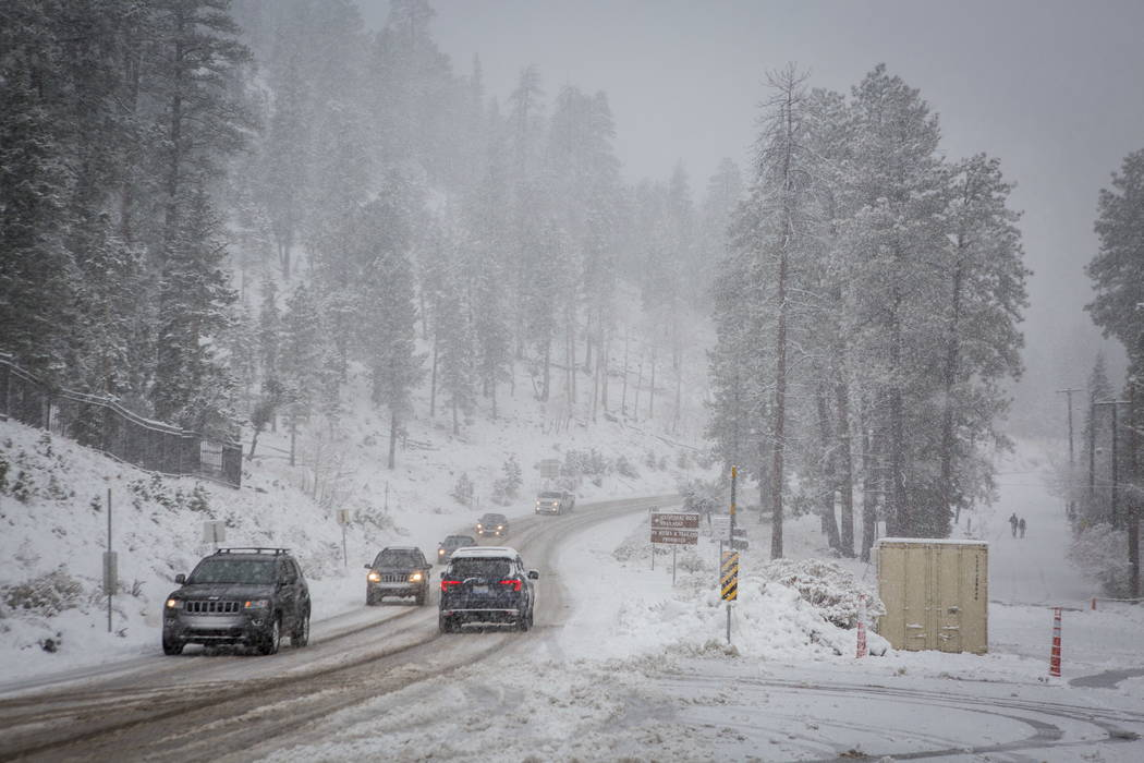 Cars make their way past the Mount Charleston Lodge on Tuesday, Jan. 9, 2018. Patrick Connolly Las Vegas Review-Journal @PConnPie