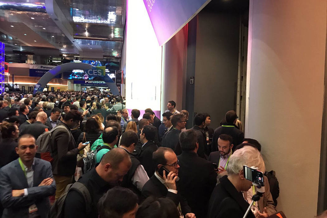 CES Attendees wait outside Central Hall after the power went out on Wednesday, Jan. 10. (Erik Verduzco/Las Vegas Review-Journal)