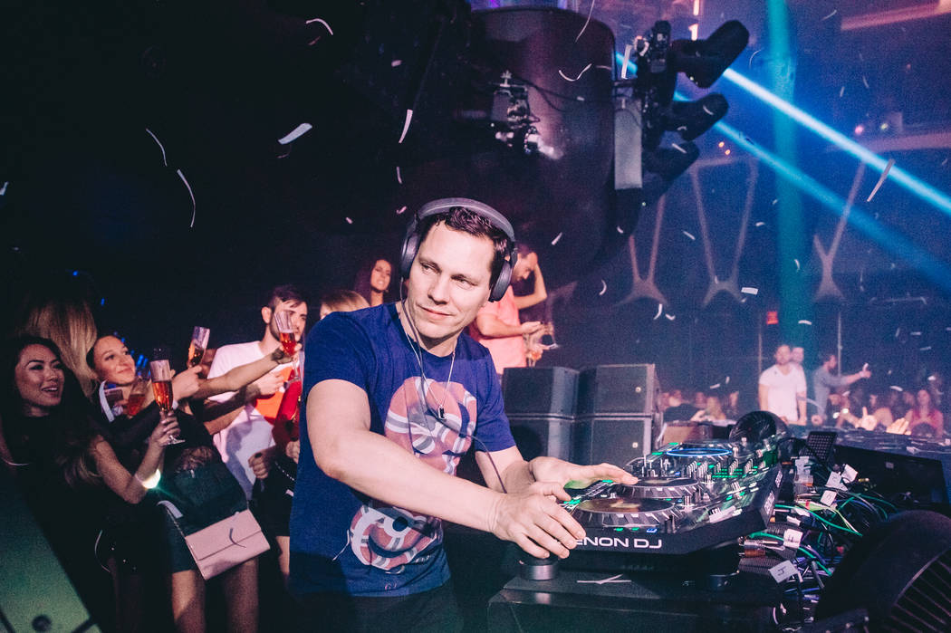Tiesto has signed an extension with Hakkasan Group to perform at Hakkasan Nightclub and Wet Republic at MGM Grand through 2020. (Jordan Loyd)