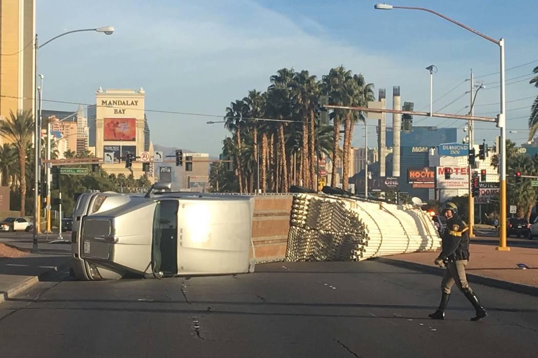 A semitrailer overturned on Las Vegas Boulevard South at Russell Road, shutting down southbound lanes, Thursday, Jan. 18, 2018. (Bizuayehu Tesfaye/Las Vegas Review-Journal) @bizutesfaye