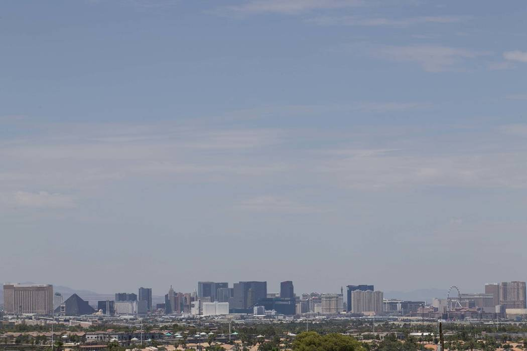 The Las Vegas Strip skyline as seen from Henderson. (Richard Brian/Las Vegas Review-Journal) @vegasphotograph