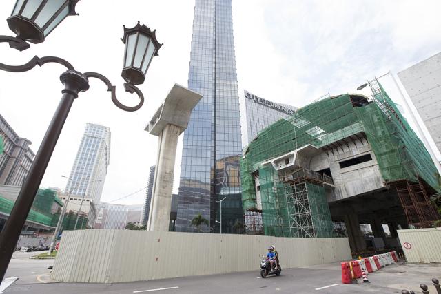 Construction for a light rail system is seen in front of the Wynn Palace on Tuesday, Sept. 13, 2016, in Macau. Erik Verduzco/Las Vegas Review-Journal Follow @Erik_Verduzco