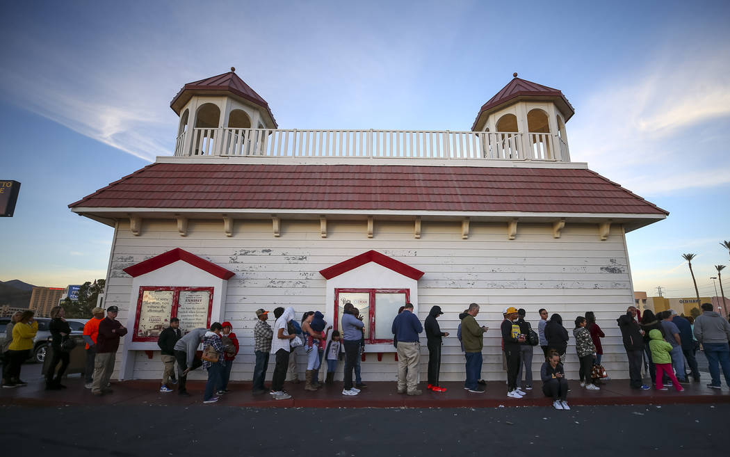 Customers line up to buy lottery tickets at The Lotto Store at Primm just inside the California border next to the Primm Valley Casino Resorts on Friday, January 5, 2018. Richard Brian Las Vegas R ...